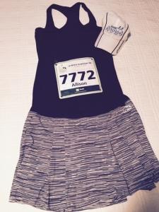 All my favs represented - Maine Running hat, Fabletics top & LL Bean running skirt.